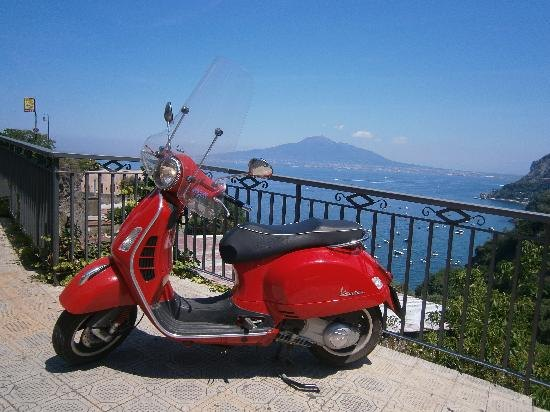 Sorrento Coast Vespa Tour